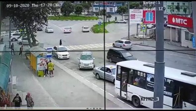 """""""Сафари"""" чудом никого непокалечил вДТП вКорсакове"""