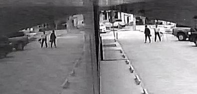 Тен соврал: стаканчик скофе изрук депутата прилетел вспину южносахалинке