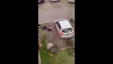 Южносахалинка облагородила себе индивидуальную парковку нагазоне