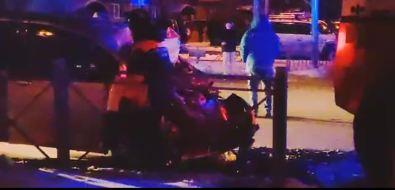 Ночная авария страктором вЮжно-Сахалинске отправила двух человек вбольницу