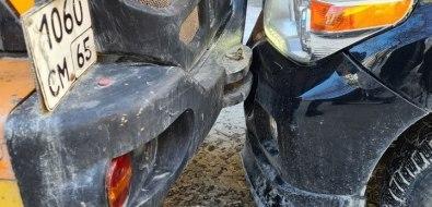 Тракторист июжносахалинка не поделили проезд во дворе