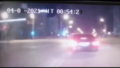 """НаСахалине бесправник на""""Тойоте"""" попал ваварию, пытаясь уйти отГИБДД"""