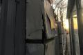 Новенький забор пограничников вЮжно-Сахалинске разваливается
