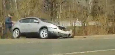 """Накорсаковской трассе лоб влоб столкнулись две """"Тойоты"""""""