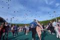 Экоактивисты возмущены запуском внебо воздушных шаров навыпускном балу вЮжно-Сахалинске