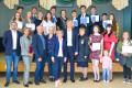 Выпускникам Курильска вручили аттестаты обокончании школы