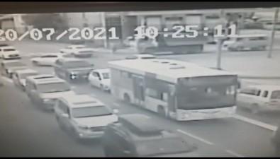 КамАЗ сбил женщину напереходе вЮжно-Сахалинске