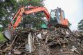 ВКорсакове сносят ветхое жилье