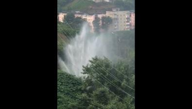 Холмчане сообщают онесанкционированном фонтане наКапитанской