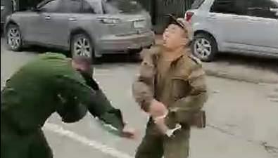 Контрактник сАлтая, подравшийся сполицией наСахалине, стал фигурантом уголовного дела
