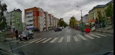 ВЮжно-Сахалинске седан сбил подростка напешеходном переходе
