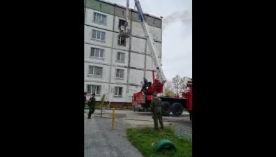 ВХомутово ликвидировали пожар впятиэтажном доме