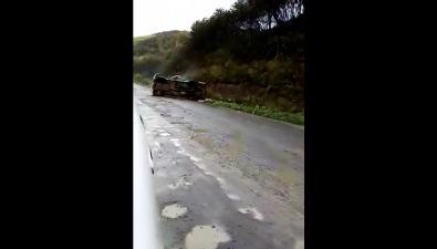 НаЧеховском перевале опрокинулся автомобиль