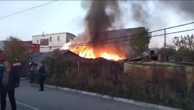 Дым отпожара распространяется поЮжно-Сахалинску