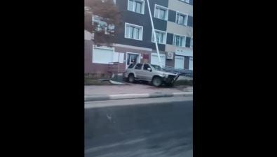 Две аварии свнедорожниками произошли утром вНевельске