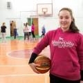 Денежной премией отмечена воспитанница ДЮСШ по игровым видам спорта Елизавета Дорофеева