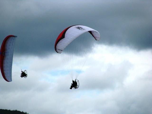 Красиво летали, долго жужжали... Фотограф: vikirin  Просмотров: 4112 Комментариев: 0