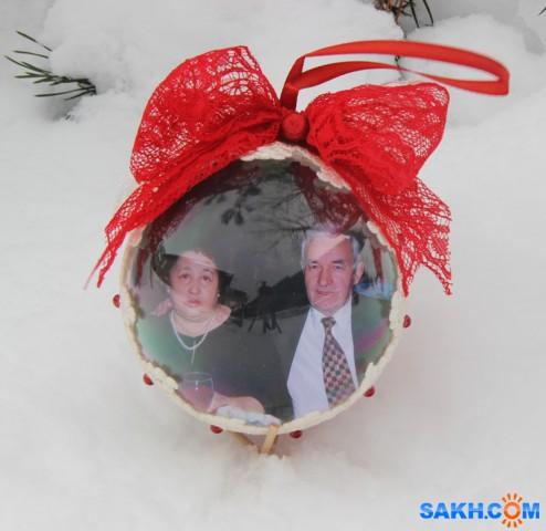 Как сделать новогодние шары с фотографией внутри