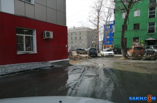 Двор Ленина 293-а, 295-а. Проезд возле УФСИНа
