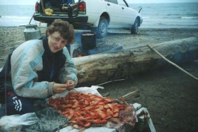 Вкус горячих креветок,сваренных в морской воде...