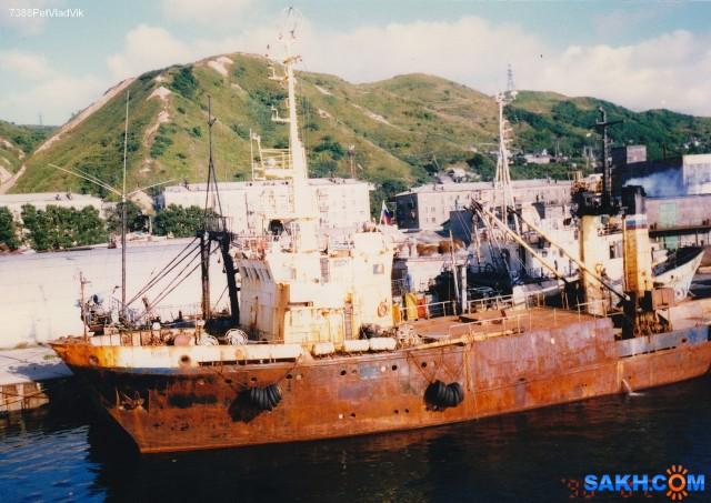 КАЛЯДИНСК.  (1998 год, порт Невельск). Фотограф: 7388PetVladVik  Просмотров: 2777 Комментариев: 0