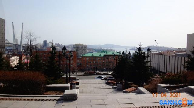 DSC00701 Вид на Владивосток от памятника Муравьёву-Амурскому - основатель Благовещенска, Хабаровска и Владивостока.  Просмотров: 63 Комментариев: 0