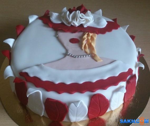 Торт девушке фото