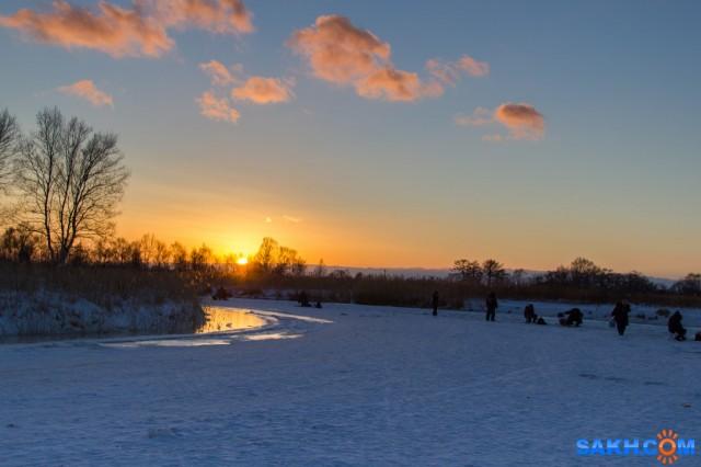 Первая речка,так и не дождались клёва Фотограф: Игорь Голубцов  Просмотров: 325 Комментариев: 0
