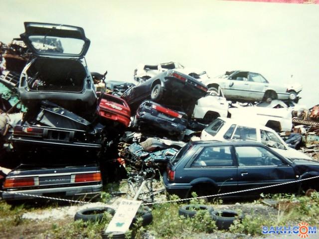 свалка автомобилей фото