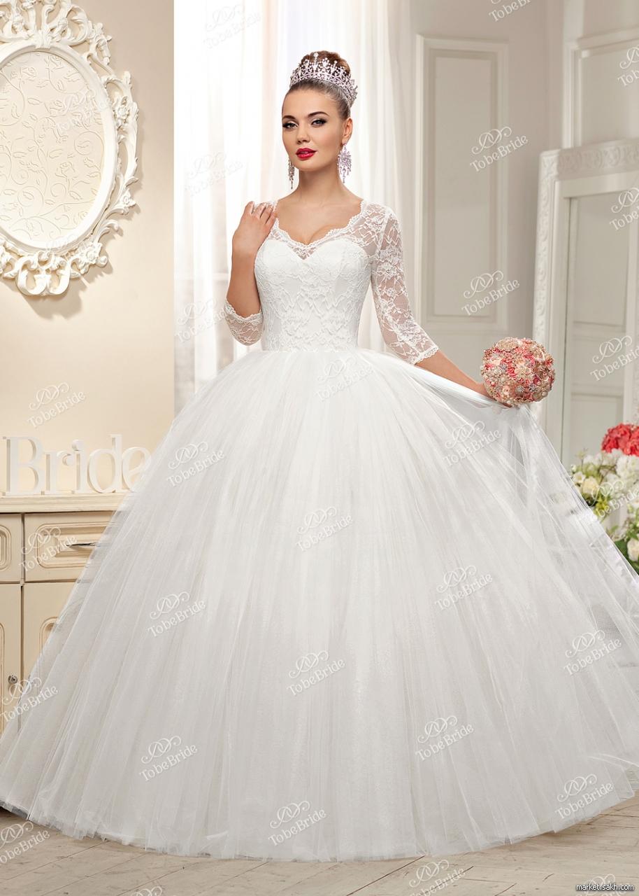 Даже знаменитая Грейс Келли, икона стиля 50-х, выходила замуж в подобном платье. Ткани, отделка: фатин, кружево «шантильи», тафта. Цвет айвори, размер 42-44