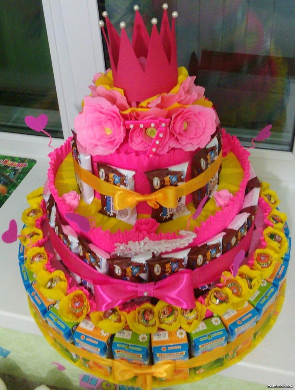 Торт на день рождения своими руками из сладостей