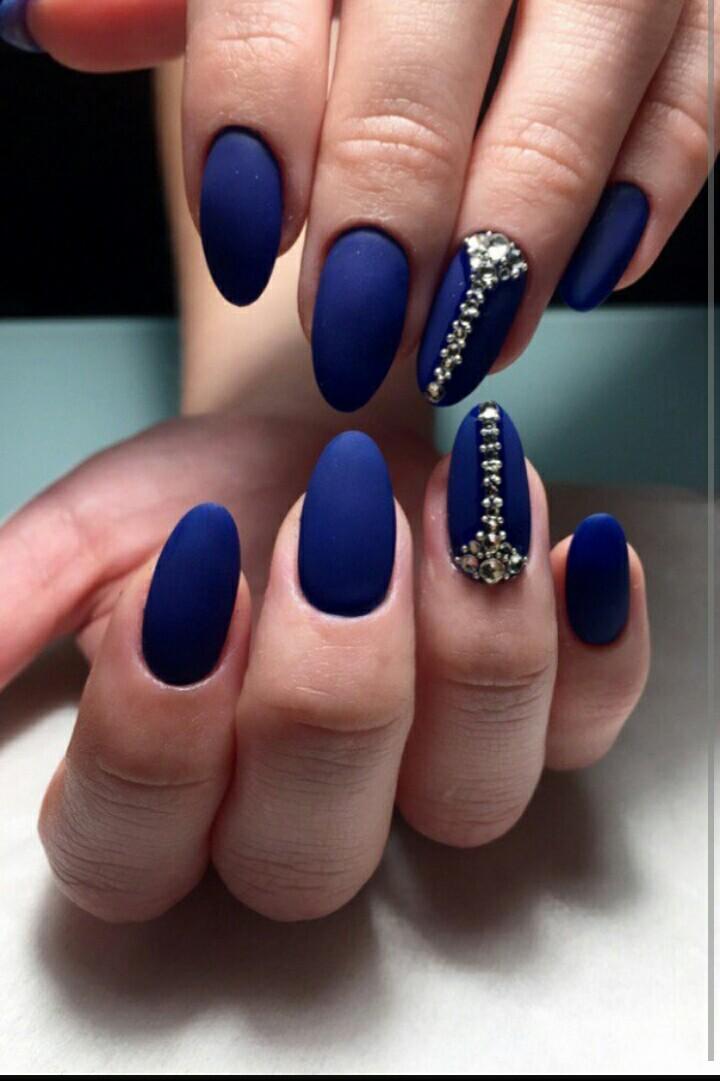 Дизайн ногтей из бульонок