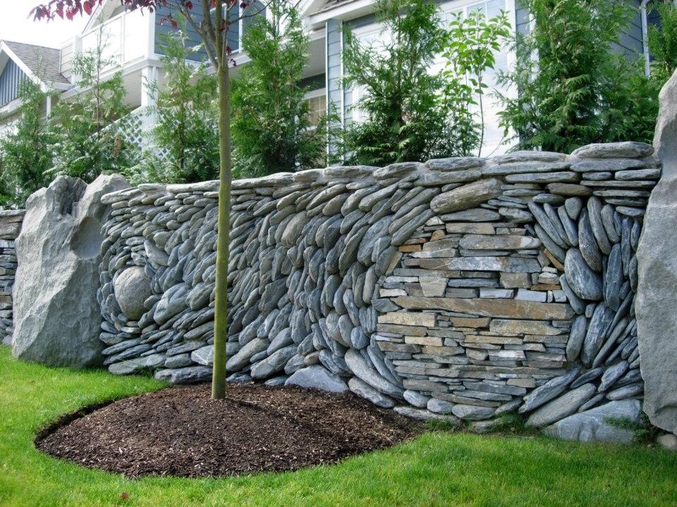 Каменный забор как сделать