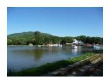 И вот дорога, привела в парк! На озере Верхнем, вот такой пейзаж!