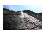 Водопад летит с высоты 42 м.. рассыпается по пути в пыльъ Фотограф: vikirin  Просмотров: 1203 Комментариев: 0