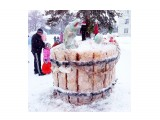 У елки.. Фотограф: vikirin  Просмотров: 2554 Комментариев: 0