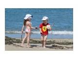 Название: Друзья Фотоальбом: Море, солнце, пляж Категория: Дети  Время съемки/редактирования: 2015:07:12 18:10:11 Фотокамера: Canon - Canon EOS 550D Диафрагма: f/5.0 Выдержка: 1/1000 Фокусное расстояние: 100/1    Просмотров: 987 Комментариев: 0