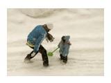 Снежные игры Из окна  Просмотров: 1291 Комментариев: