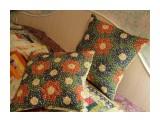 Бабушкин сад 40*40 см. Лоскутные наволочки ручной работы выполнены в традиционно русском стиле.  Просмотров: 47 Комментариев: