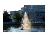 Фонтанчик на пруду Фотограф: vikirin  Просмотров: 2179 Комментариев: 0
