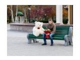 Романтик. Не знаю кто это, но сначала видела его в Сити Молле, с этим медведем и букетом, а потом здесь на Сах.коме была выложено это фото, кем-то.  Просмотров: 237 Комментариев: 0