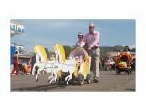 Название: Победители конкурса колясок Фотоальбом: Холмск. 140-й день города Категория: Праздники Фотограф: стран_ник  Время съемки/редактирования: 2010:08:21 15:03:00 Фотокамера: Canon - Canon EOS 400D DIGITAL Диафрагма: f/11.0 Выдержка: 1/320 Фокусное расстояние: 28/1 Светочуствительность: 200  Описание: Что тут говорить, по праву это трио заняло первое место. Не каждый день карету видишь. День города Холмск. Более полное собрание фоток планирую выставить в своем ЖЖ ( http://sakh-strannik.livejournal.com/)  Просмотров: 1244 Комментариев: 0