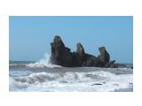 Название: Скала Третья Сестра Фотоальбом: Море Категория: Море Фотограф: Д.В.  Просмотров: 2016 Комментариев: 0