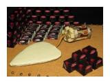 """ко дню строителя 44 конфеты """"Шоколадная Ночь"""" 21 конфета """"Нюанс"""" 6 порционных шоколадок """"Аленка""""  возможно изготовление на заказ. Фантазия и возможности альбомом не ограничены :))  Просмотров: 2151 Комментариев: 2"""
