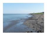 Лето, штиль, красивый галечный берег вперемежку с песком и голубое море с небом! Охотское море в районе Заозерной! Фотограф: viktorb  Просмотров: 1010 Комментариев: 0