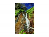 Водопад у мыса Павловича Фотограф: В.Дейкин  Просмотров: 1239 Комментариев: 0