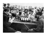 Название: Советские пролетарии тоже знали толк в сабже. 1931 г Фотоальбом: Тёплый ламповый звукъ Категория: История  Просмотров: 752 Комментариев: 0