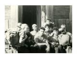 """О.Кунашир. Хижина в пос. """"Горячий пляж"""" Группа туристов. Июль-август 1963г.  Просмотров: 1329 Комментариев: 0"""