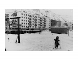 Невельск  (1984 год, на снимке Школьная 79А, слева магазин №34,  вид со стороны двора Советская 21).  Просмотров: 1747 Комментариев: