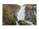 Leonty: Спуск с водопада.